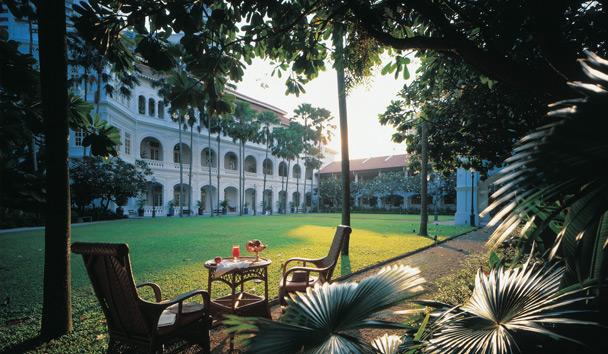 Raffles Hotel Singapore Exterior Terrace View