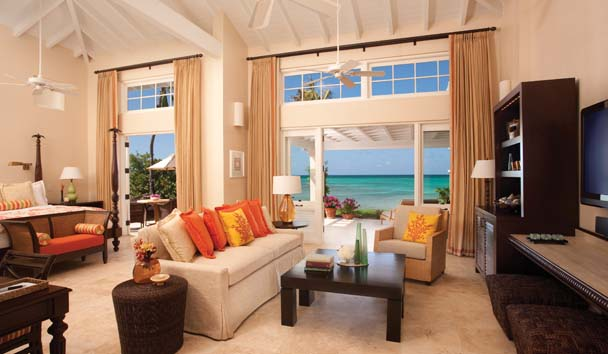 Jumby Bay, A Rosewood Resort: Suite Living Room
