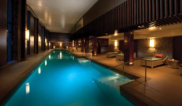 Hilton Queenstown Resort & Spa: Indoor Pool at the Spa