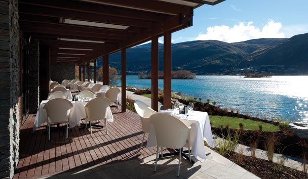 Hilton Queenstown Resort & Spa: Terrace Dining