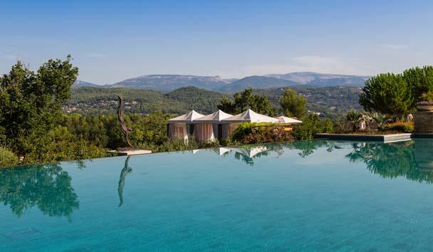 Terre Blanche Hotel Spa Golf Resort , France