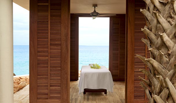 Four Seasons Resort and Residences Anguilla: Spa Cabana