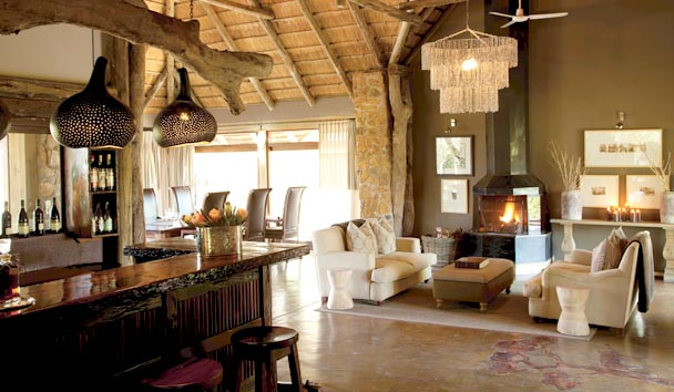 Leopard Hills Private Game Reserve: Lounge & Bar