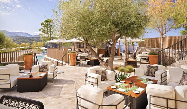 Jumeirah Port Soller Hotel & Spa: Sa Talaia Pool Bar