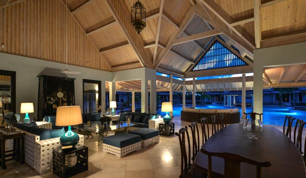 Lazy Lizard Estate House at Jumby Bay Island: Living Area