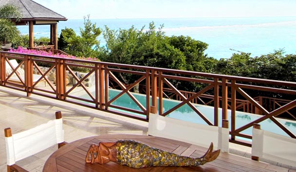 Canoten: Balcony Over the Pool and Ocean