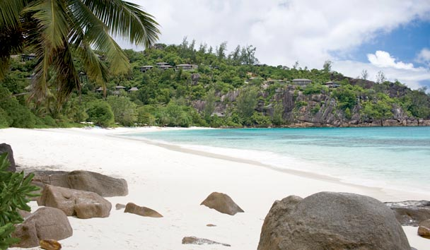 Four Seasons Resort Seychelles: Petite Anse Beach View