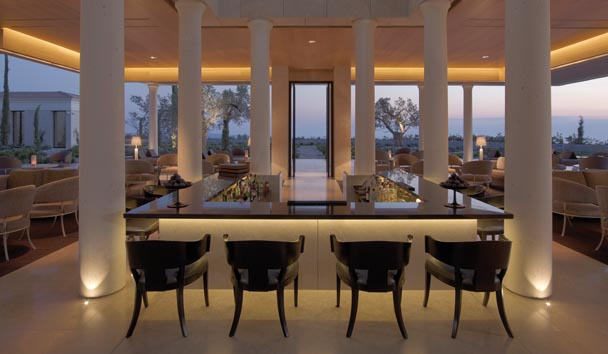 Amanzoe: Bar and Lounge Area