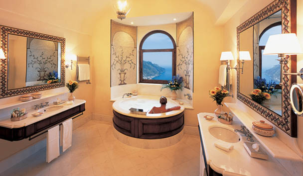 Belmond Hotel Caruso: Suite Bathroom