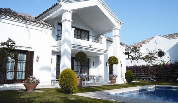 Villas at Marbella Club Hotel, Golf Resort & Spa: Villa Exterior and Pool