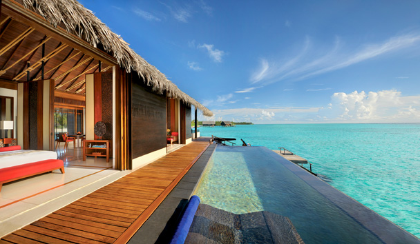 One & Only Reethi Rah: Exterior