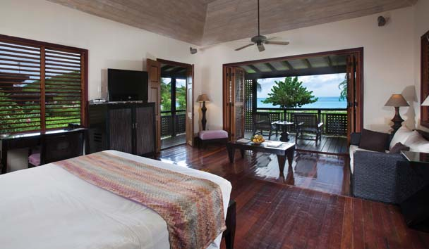 Hermitage Bay: Beach Front Cottage Suite