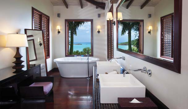 Hermitage Bay: Hillside Bathroom