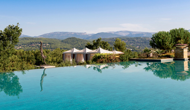 Terre Blanche Hotel Spa Golf Resort: View from Outdoor Pool