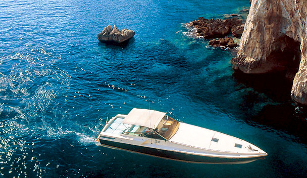 Capri Palace Hotel & Spa: Speedboat Excursion