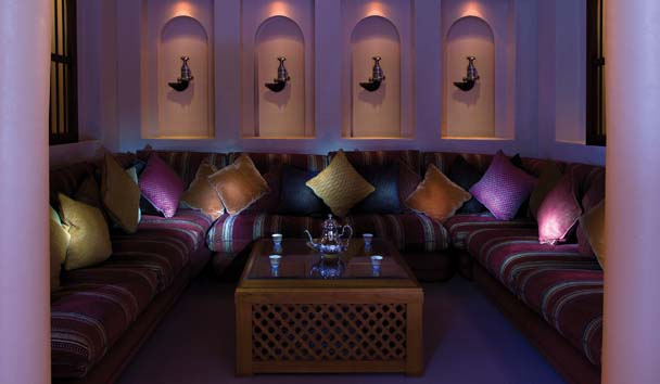 Emirates Palace: Alcove Seating