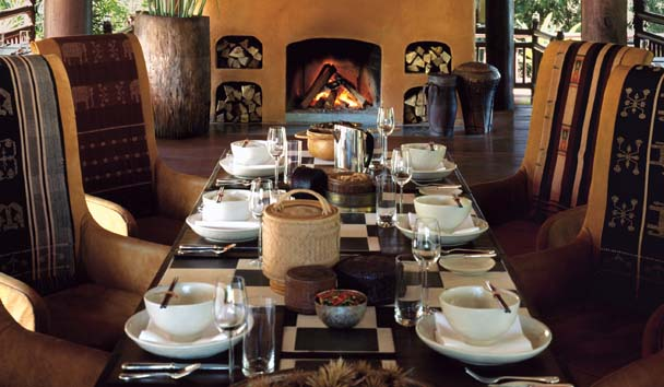 Four Seasons Tented Camp Golden Triangle: Dining