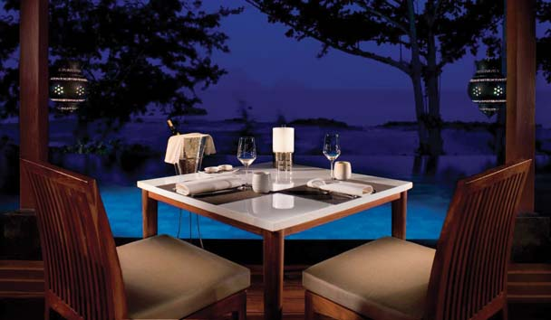 Phulay Bay, A Ritz-Carlton Reserve: Lae Lay Restaurant and Rooftop Lounge