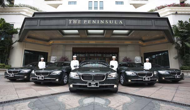 The Peninsula Bangkok: Car Fleet and Exterior