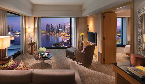 Mandarin Oriental, Singapore: Marina Bay Suite Lounge Area