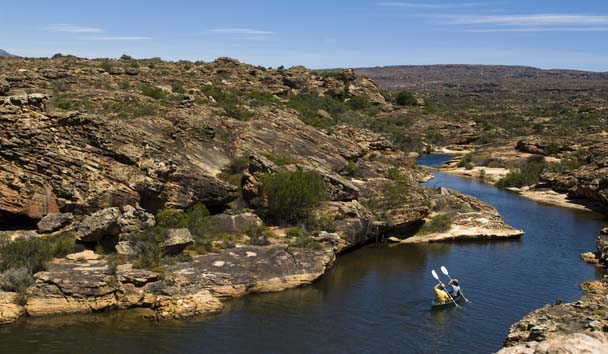 Bushmans Kloof Wilderness Reserve & Wellness Retreat: Canoeing Along the River
