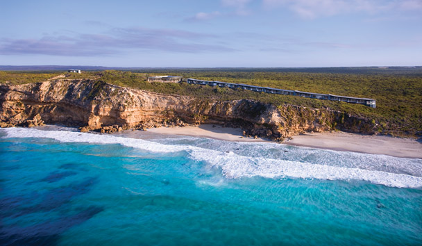 Southern Ocean Lodge: Beach