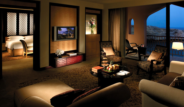 Shangri-La's Barr Al Jissah Resort & Spa - Al Husn: One Bedroom Suite