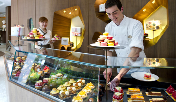 Mandarin Oriental, Paris: Cake Shop