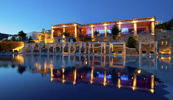 Mykonos Grand Hotel & Resort: Swimming Pool & Cabanas