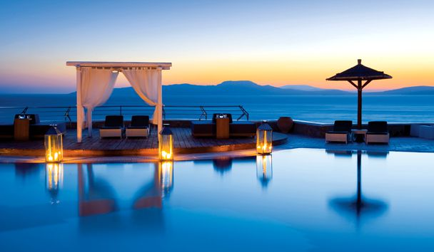 Mykonos Grand Hotel & Resort: Swimming Pool