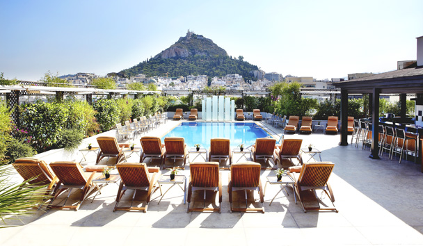 Hotel Grande Bretagne, A Luxury Collection Hotel: Outdoor Pool and Bar Area