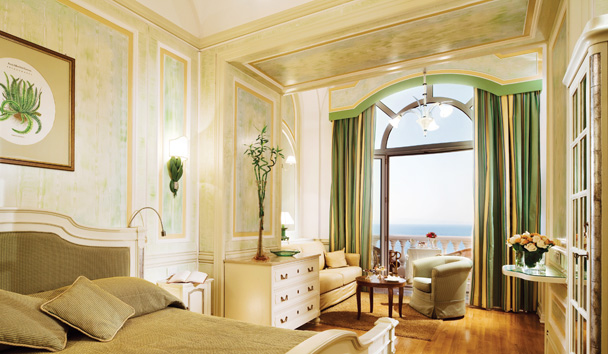 Grand Hotel Excelsior Vittoria: Deluxe Sea View Room