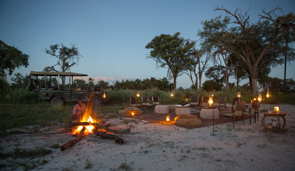 Abu Camp: Star-Lit Evenings by the Fire