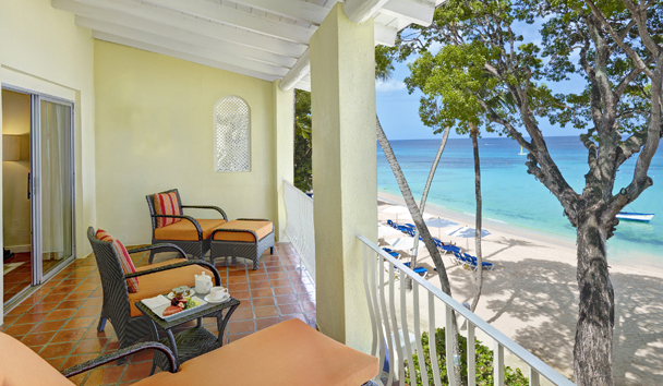 Tamarind by Elegant Hotels: Ocean Front Balcony