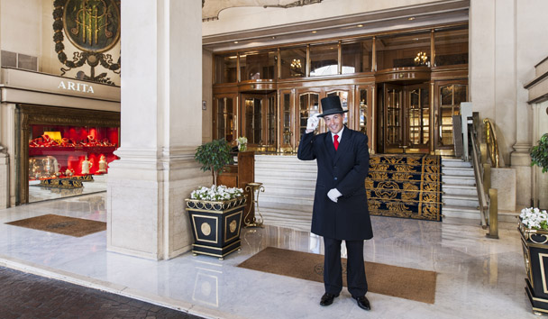 Alvear Palace Hotel: Welcome Entrance