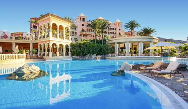 Iberostar Grand Hotel El Mirador: Hotel Exterior and Outdoor Pool