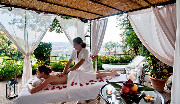 Belmond Villa San Michele: Open-Air Massage