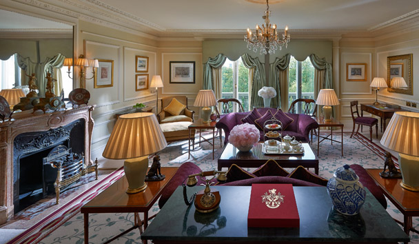Mandarin Oriental Hyde Park, London: One Bedroom Deluxe Park Suite