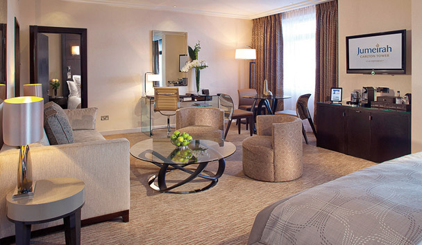 Jumeirah Carlton Tower: Junior Suite