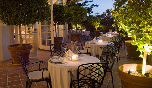 COMO Parrot Cay: Terrace Restaurant Outdoor Seating
