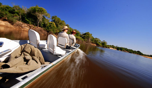 Fazenda Barranco Alto: Boat Excursion