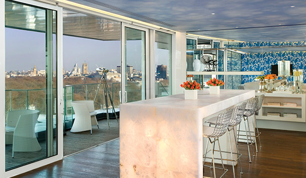 Four Seasons Hotel London at Park Lane: 10th Floor Lounge