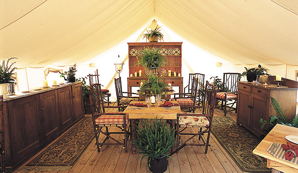 Clayoquot Wilderness Resort: Dining Tent