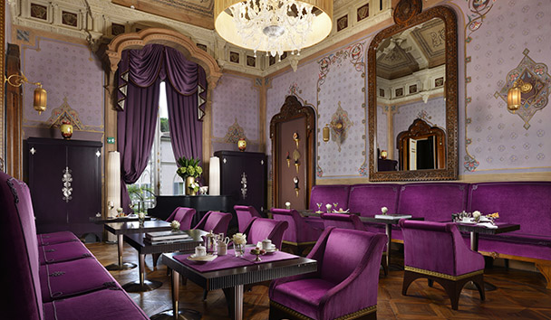 Villa Cora: The Hall of Cards