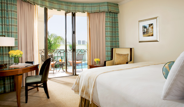 Beverly Wilshire, A Four Seasons Hotel: Signature Balcony Room