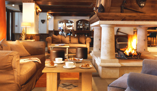 Portetta Hotel and Mountain Lodges: Hotel Lounge