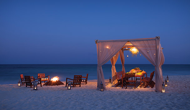 Rosewood Mayakoba: Romantic Beach Dining