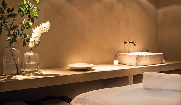 Le Chalet Zannier: Spa Treatment Room
