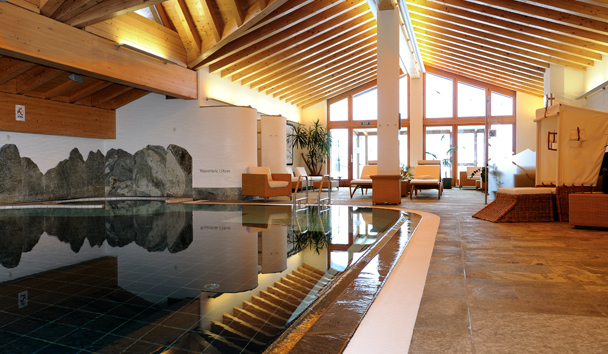 Riffelalp Resort 2222m: Indoor Pool