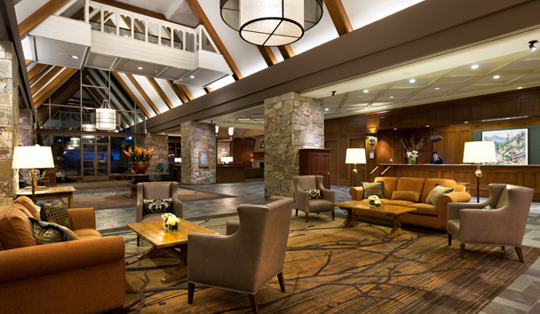 Fairmont Chateau Whistler: Great Hall Lobby